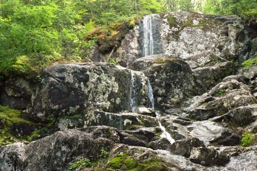 algonquin_waterfall_72_500